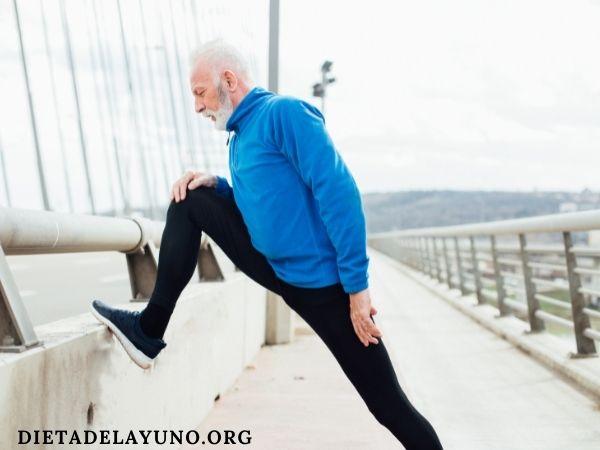 Es fundamental realizar ejercicio para lograr un estilo de vida saludable